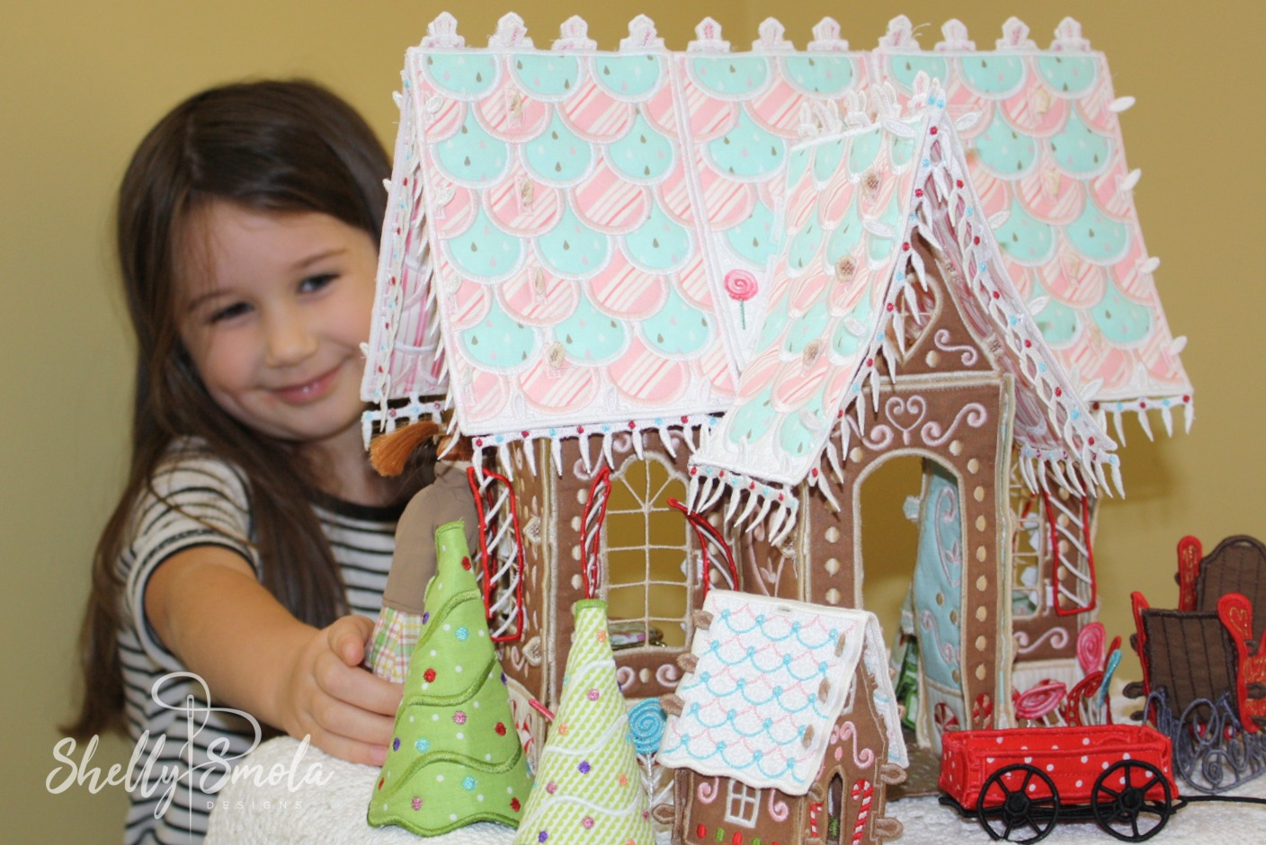 Kate and the Candy Lne Cottage by Shelly Smola