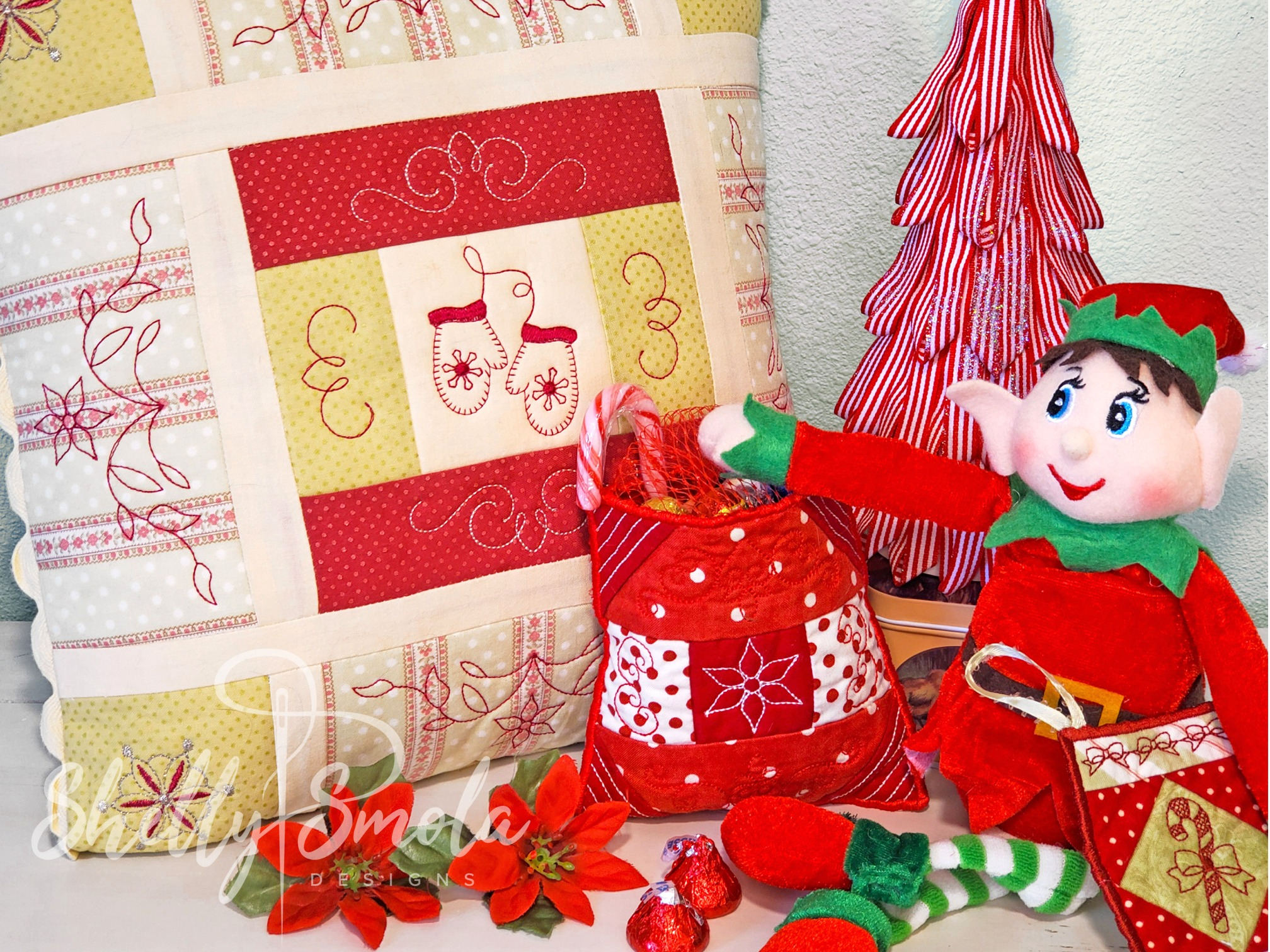 Christmas Quilt by Shelly Smola
