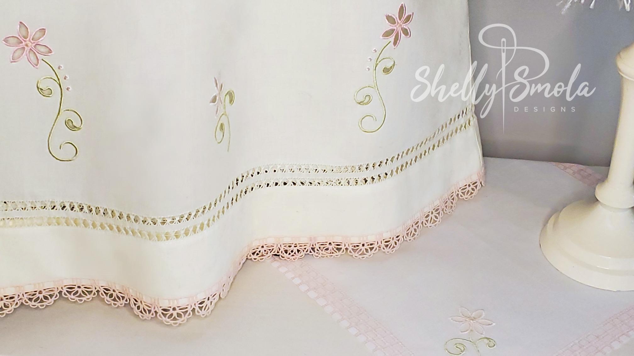 Daisy Cutwork and Daisy Lace by Shelly Smola