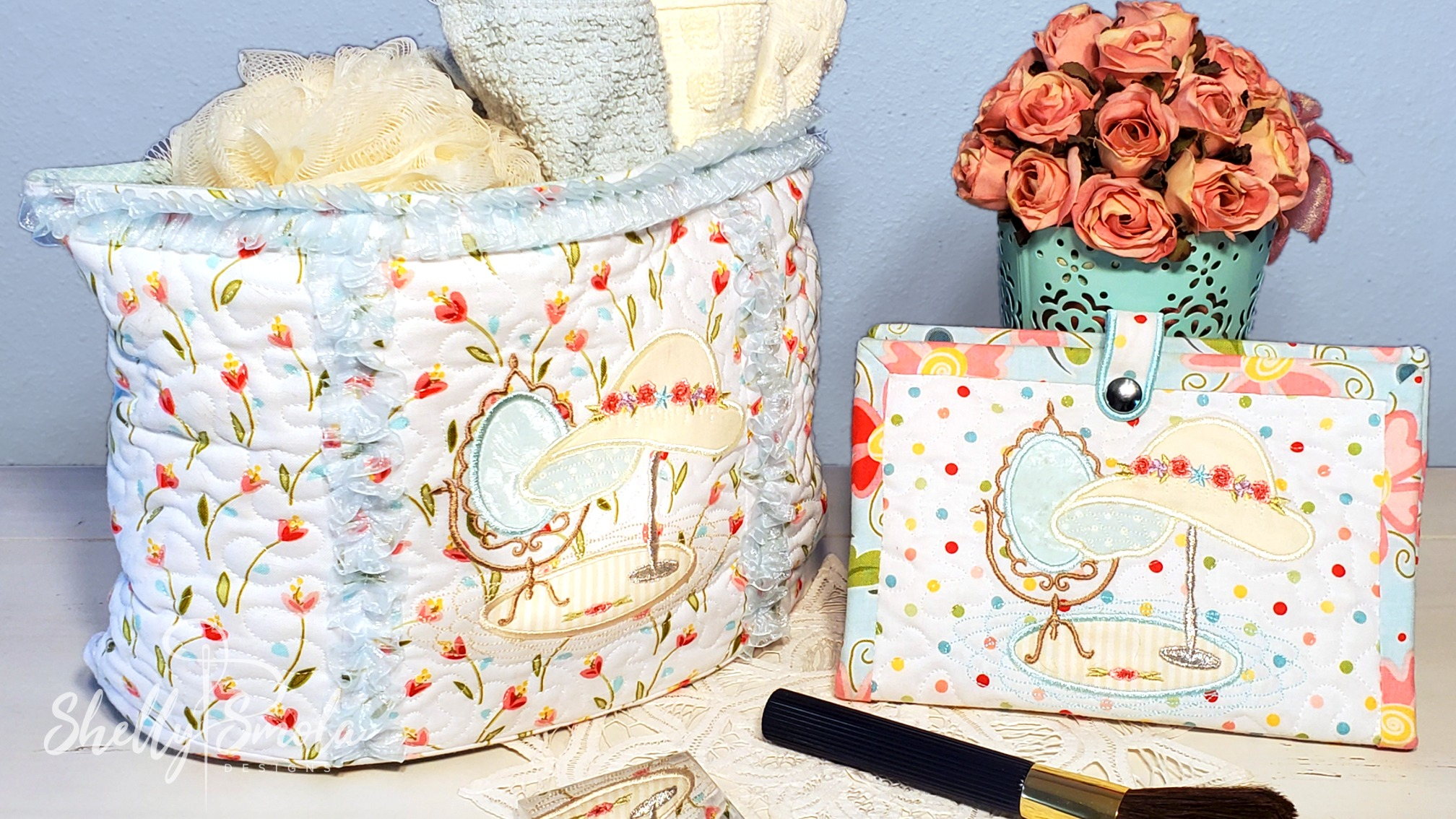 Embroidered Makeup Organizer