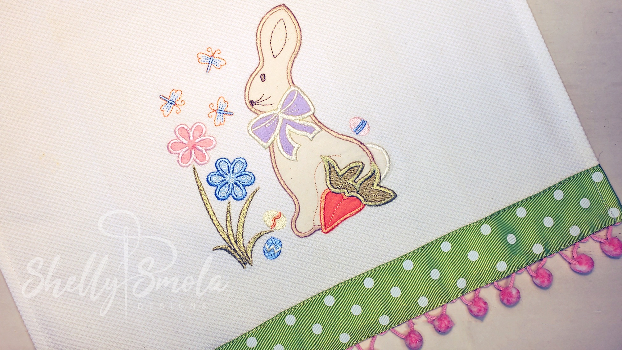 Sweet Spring Applique by Shelly Smola