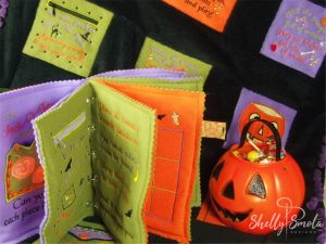 Halloween Quiet Quilt by Shelly Smola