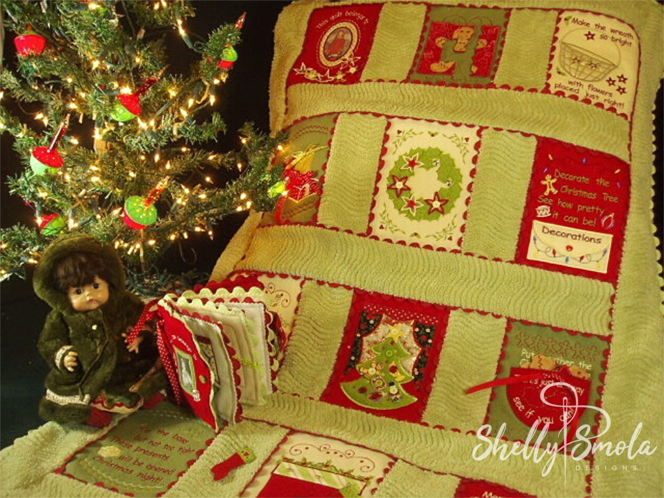 Christmas Quiet Quilt by Shelly Smola