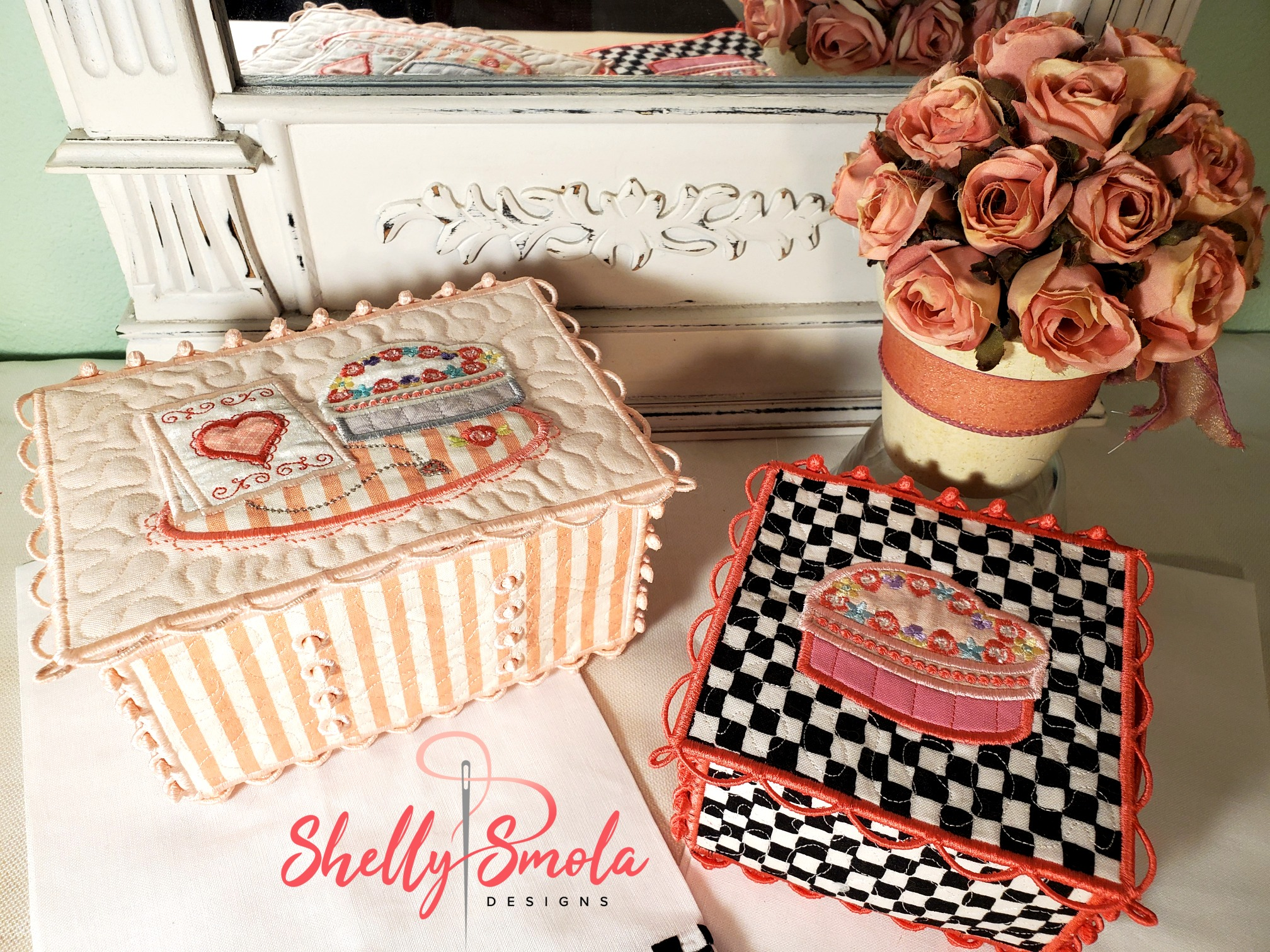 Sweetheart Trinket Boxes by Shelly Smola
