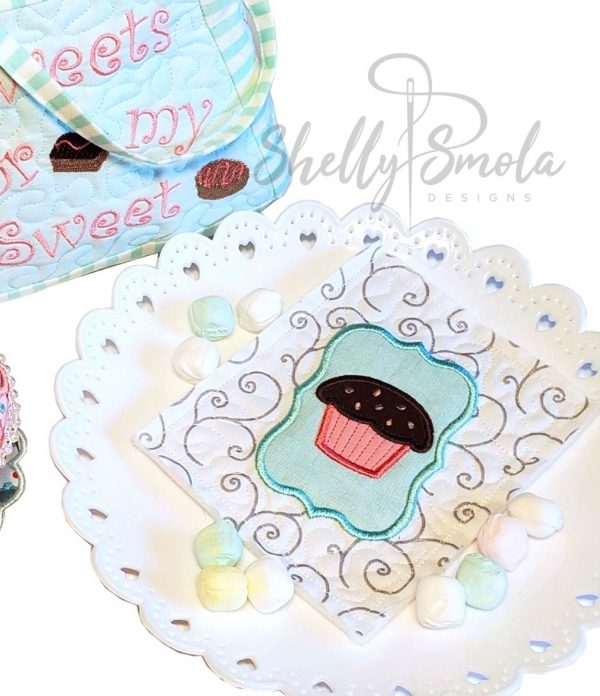 Embroidered Tea Time Quilt Muffin
