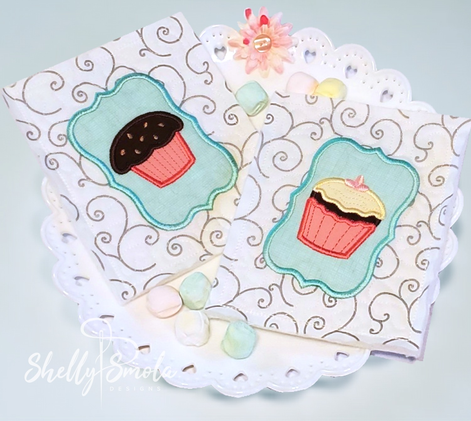 Embroidered Tea Time Quilt Muffin and Cupcake