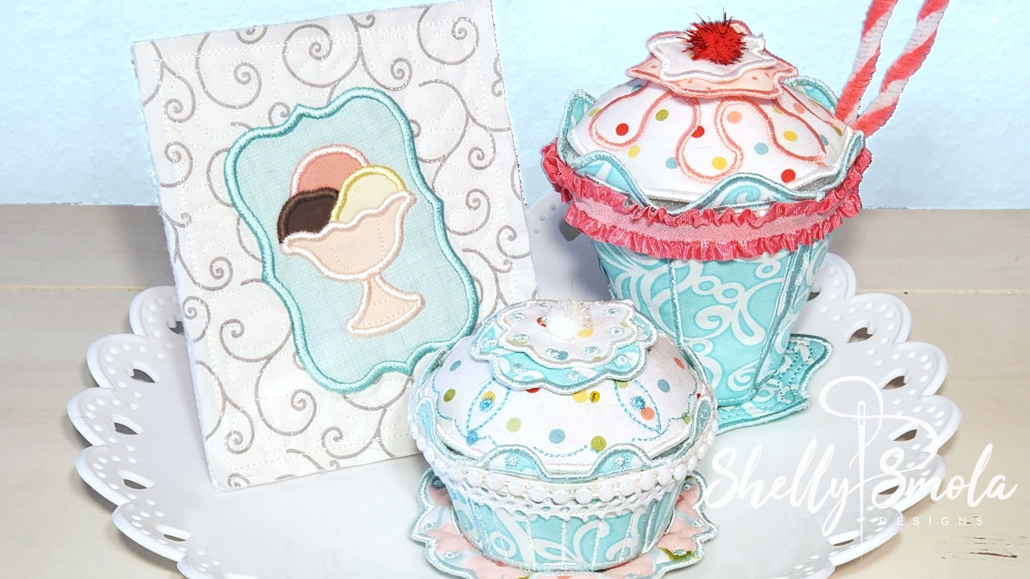 Embroidered Tea Time Quilt Sundae and Cupcake